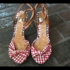 Gianni Bini wedge shoes 7.5